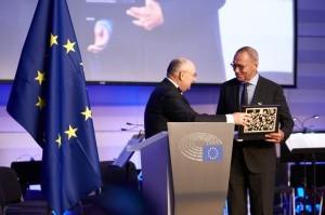 Андрей Кончаловский награжден медалью толерантности
