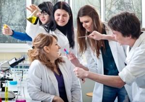 Нас будут лечить врачи-недоучки?