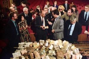 Коррупция в СССР затронула даже Политбюро