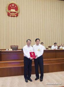 Си Цзиньпин призвал одержать решительную победу в народной войне против наркотиков